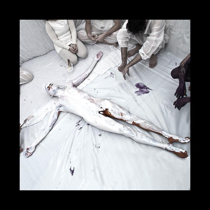 ABAJO IZQUIERDO - Performance - Blanco