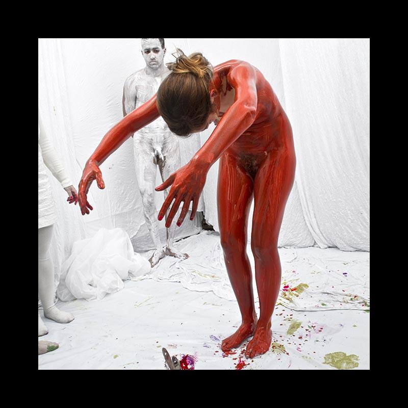 ABAJO IZQUIERDO - Performance - Marrón